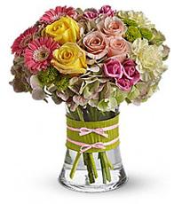 hydrangea_roses_gerber_daises